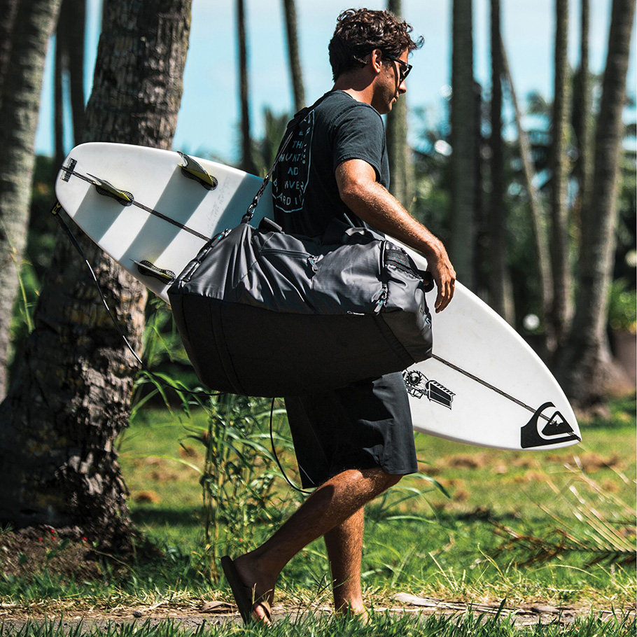 gongsurfboards-fcs-duffle-bag-910-2.jpg