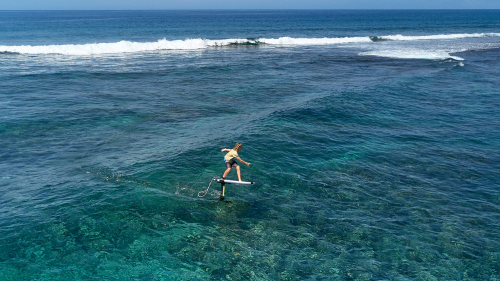 GEAR : SIZES MAST IN SURF…